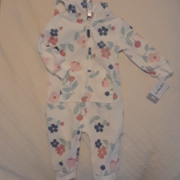 6b7667be7804 Carter s Fleece Jumpsuit with Hood Size 6mo. NWT